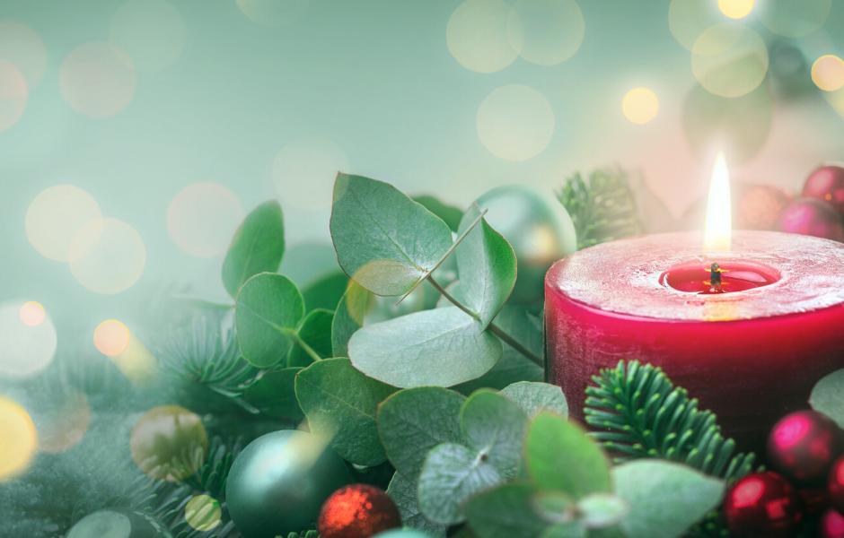 Wir wünschen Ihnen wunderbare Weihnachtsfeiertage!